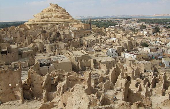 Más de 20.000 personas viven en el oasis de Siwa, habitado desde el siglo X aC