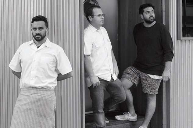 Estanis Carenzo y Pablo Giudice, socios fundadores de Sudestada, Chifa y Picsa, junto a Leonardo Azulay de Sudestada Argentina y Santiago Rigoni de Toma Café