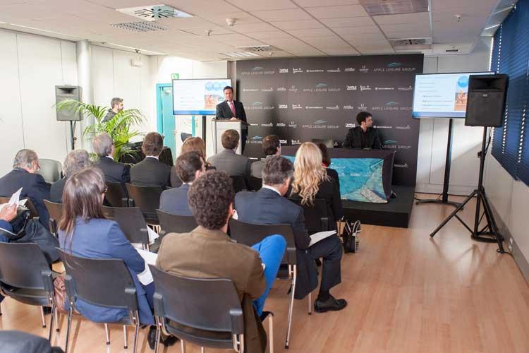 La presentación ha congregado a profesionales del sector y periodistas especializados.