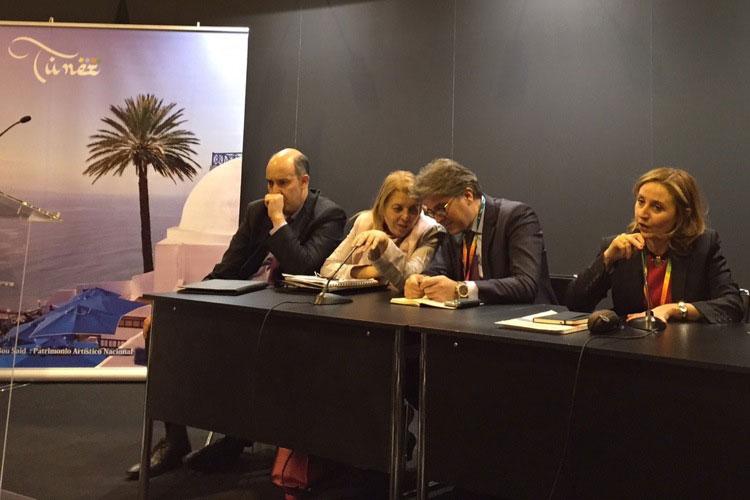 Rueda de prensa de Turismo de Túnez en FITUR 2015. En la fotografía, Wahida Jaiet, directora General de la Oficina de Turismo de Túnez y la Delegación de Turismo de Túnez.