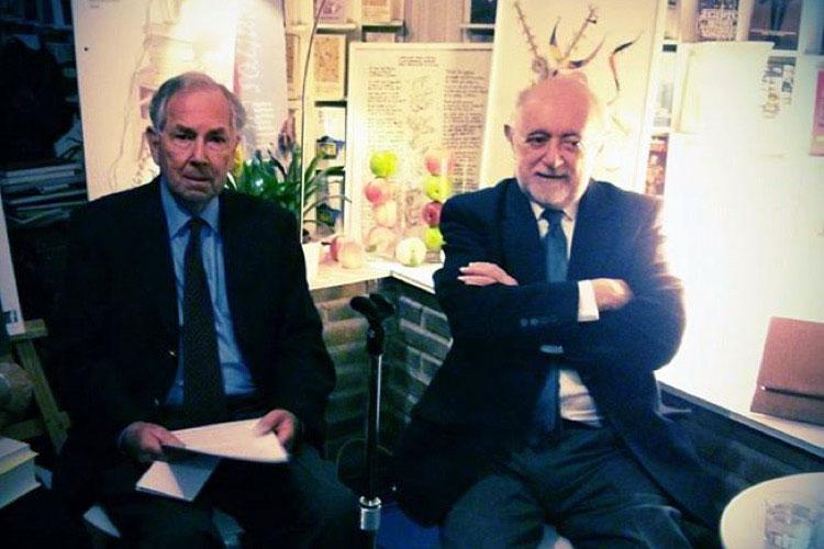 William Graves y Carlos García Gual, en la librería Rafael Alberti de Madrid. Foto © Jesús Gª Marín / Tu Gran Viaje