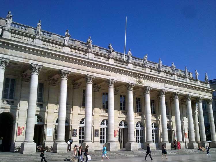 el Gran Teatro de Burdeosfue inaugurado el 17 de abril de 1780. Foto © Tu Gran Viaje.