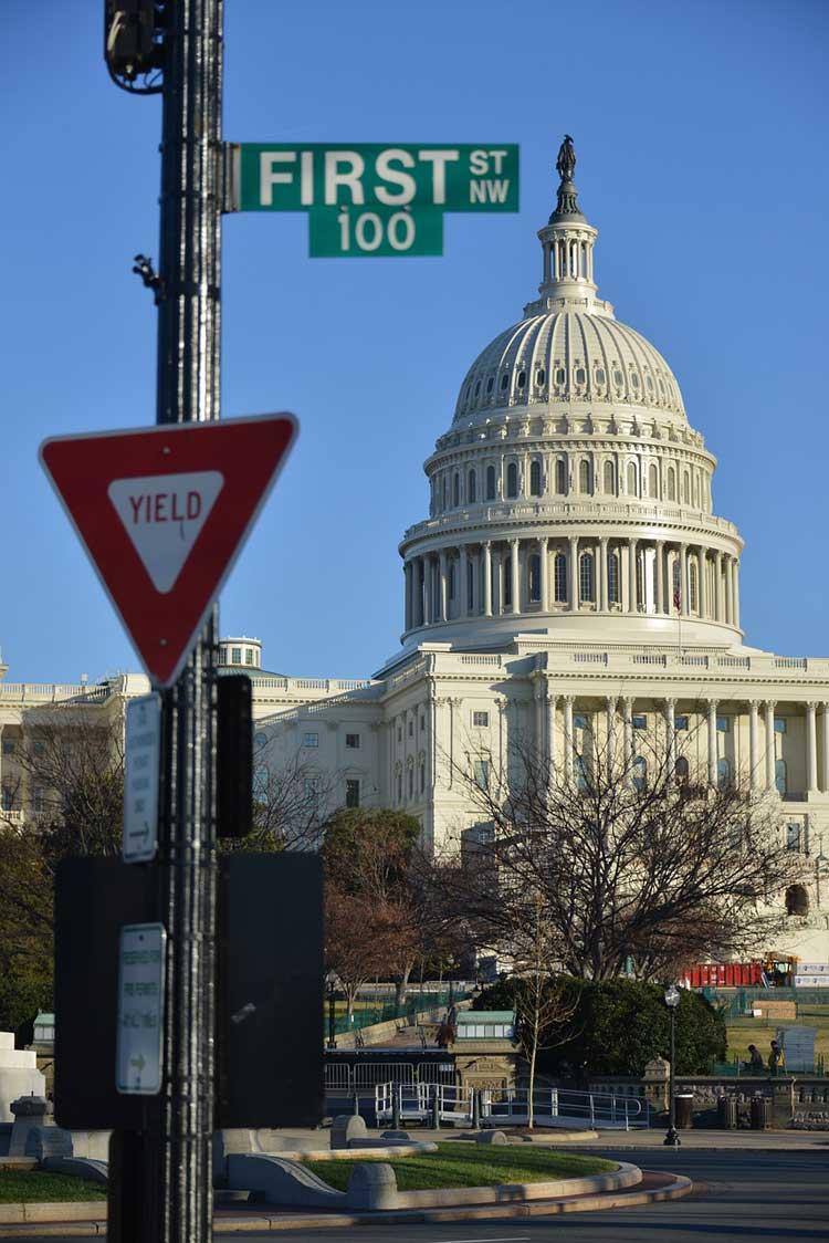 Panorámica del Capitolio de Washington DC desde la calle Uno
