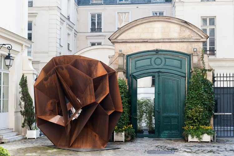Instalación en Le Marais, París