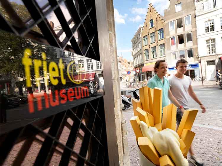 Museo de las Patatas Fritas de Brujas. Foto © Milo Profi