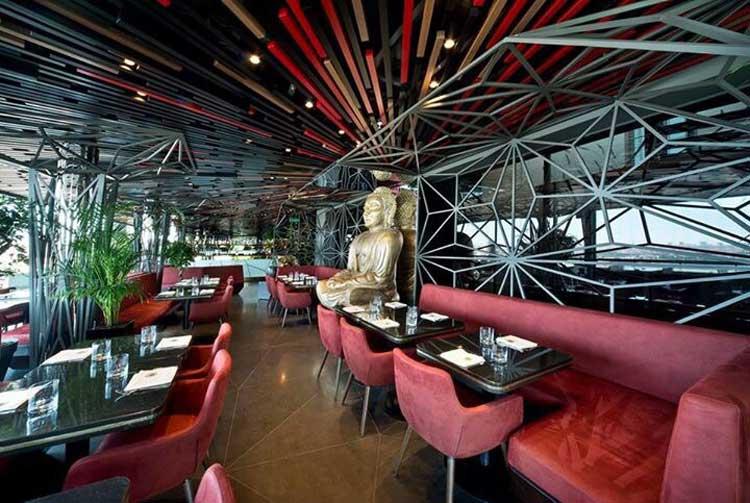 Interior del Saigon Restaurant de Estambul