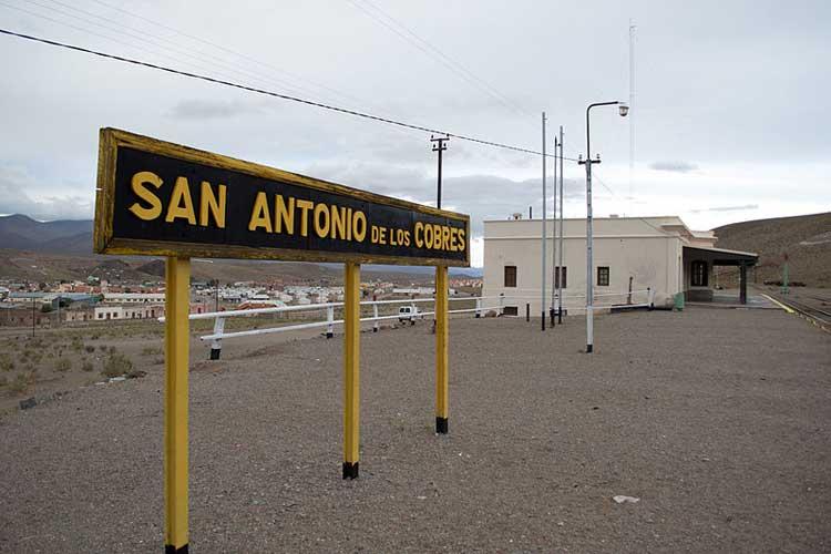 Estación de tren de San Antonio de los Cobres. Foto CC de Axel Forgaral.