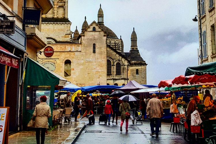 Viajar a Perigueux con la Guía secreta de Viajes a Perigueux de Tu Gran Viaje