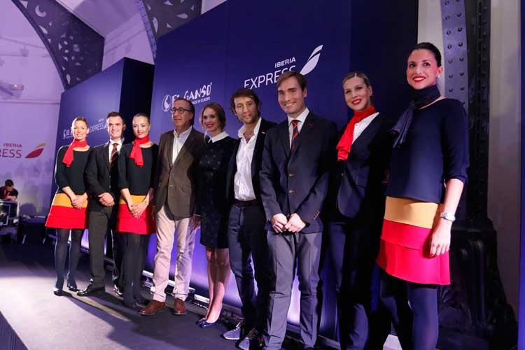 Nuevos uniformes de Iberia Express diseñados por El Ganso. Tu Gran Viaje