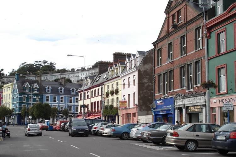 Calle de Cobh. Viajar a Cobh. Tu Gran Viaje