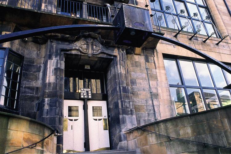 Exterior de la Glasgow School of Art © Glasgow City Marketing Bureau   El Glasgow de Mackintosh en Tu Gran Viaje revista de viajes y turismo