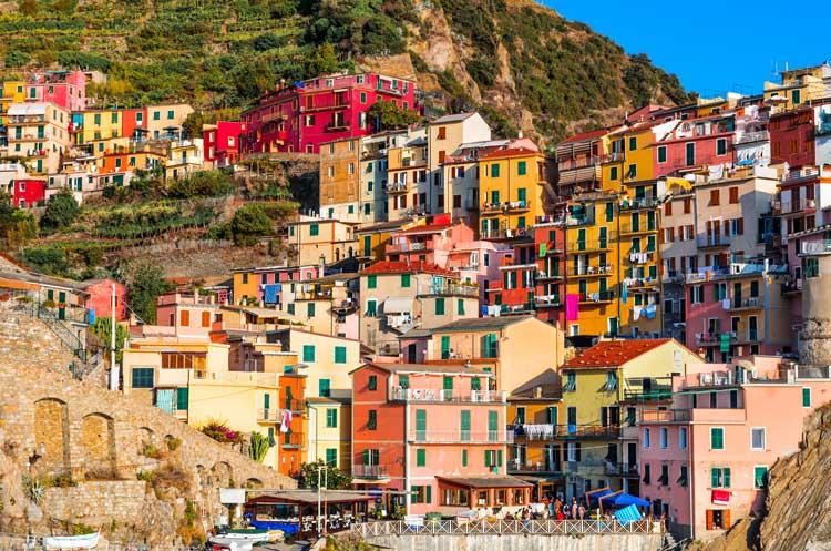 Manarola. © Emi Cristea / Shutterstock. Postal desde Liguria | Tu Gran Viaje revista de viajes y turismo