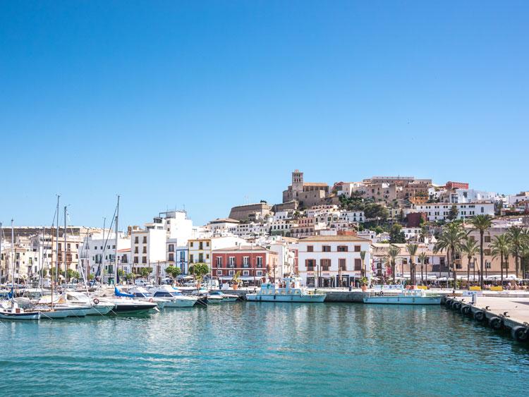 Maó. © Shutterstock. Menorca en Septiembre. Tu Gran Viaje