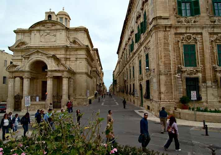 1. Pasear por las calles de La Valletta