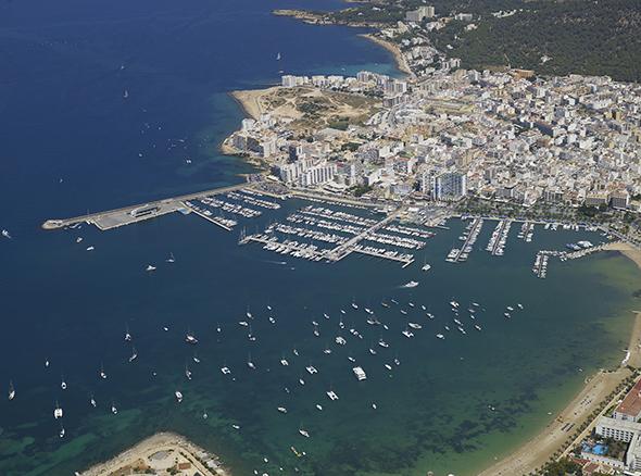 Panorámica del Club Náutico Sant Antoni, Ibiza