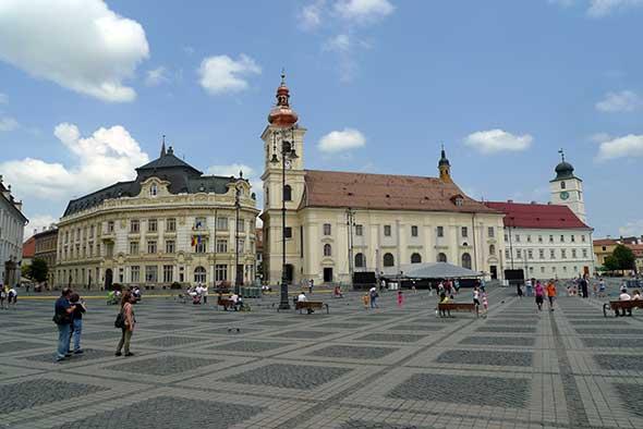 Piata Mare de Sibiu, Transilvania, Rumanía. Foto (c) Tu Gran Viaje