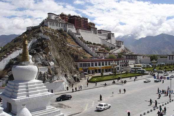 Palacio de Potala, en Lhasa. Los palacios reales más famosos del mundo, en Tu Gran Viaje