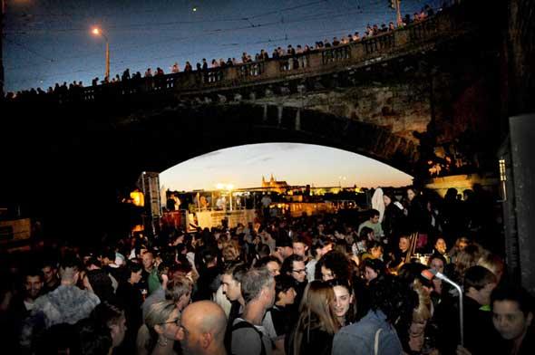 Naplavka - Guía Hipster de Praga en Tu Gran Viaje