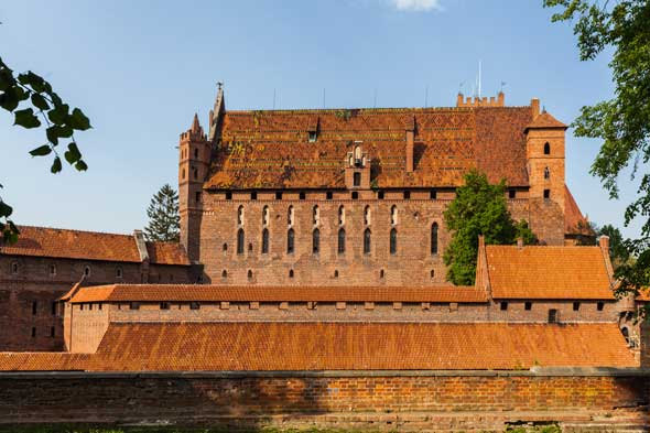 Castillo de Malbork, Polonia. Foto Diego Delso-Wikimedia commons License CC BY SA-3-0