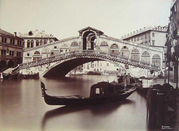 Así era el Puente del Rialto en 1875
