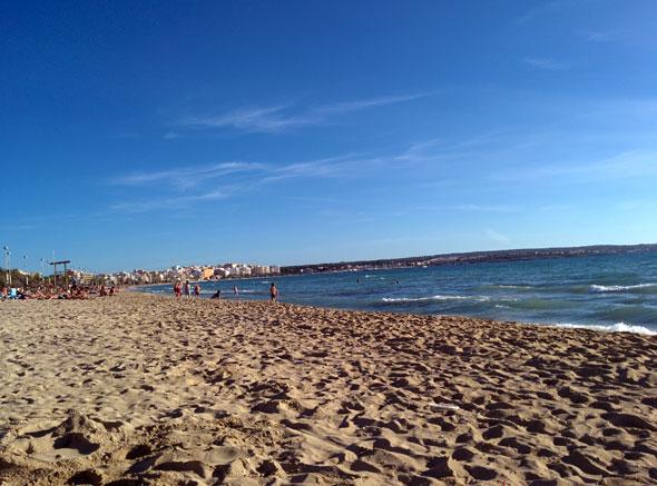 Una tarde perfecta más en la Playa de Palma. Foto © Tu Gran Viaje