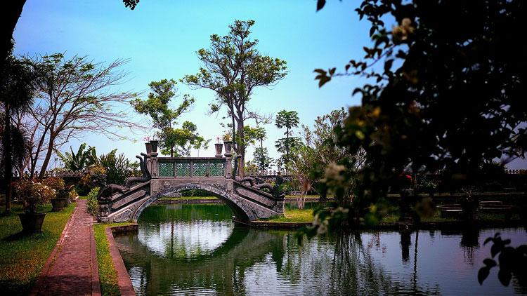 Palacio del Agua-Tirtaganga. Bali