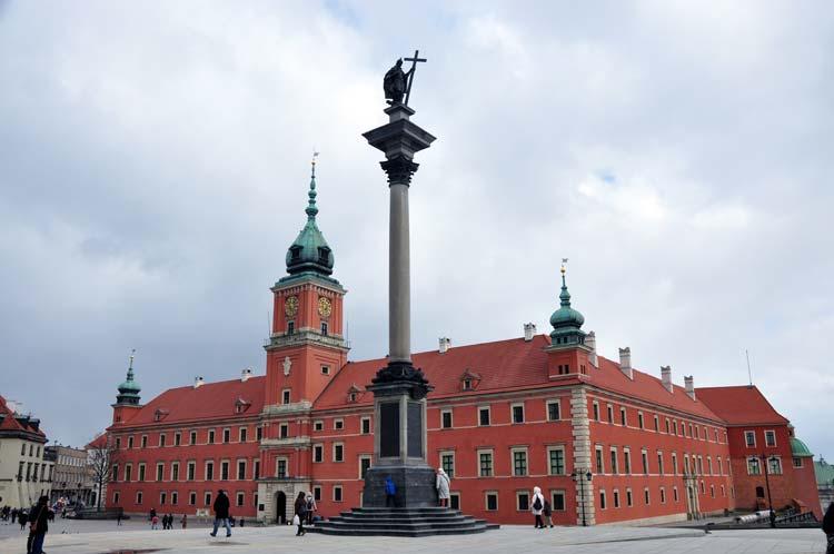 Y así de esplendoroso luce el Castillo Real de Varsovia hoy en día.