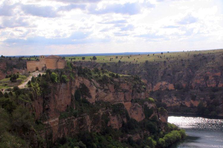 Ermita de San Frutos - Hoces del Duratón (Segovia) | Camino de San Frutos. Tu Gran Viaje revista de viajes y turismo