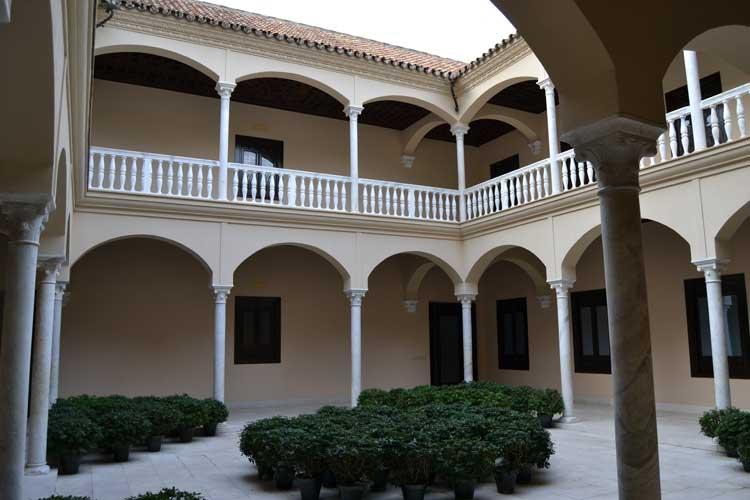 Patio Interior del Palacio de Buenavista, sede del Museo Picasso de Málaga.