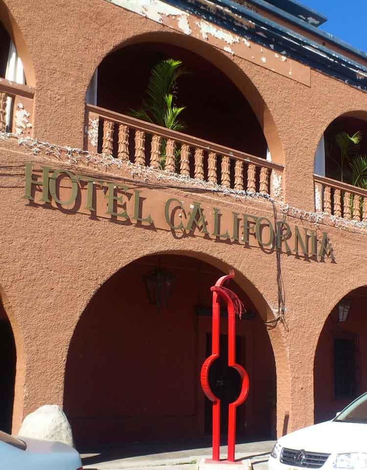 Hotel California, Todos los Santos, Los Cabos, Baja California. Foto © Pilar Carrizosa