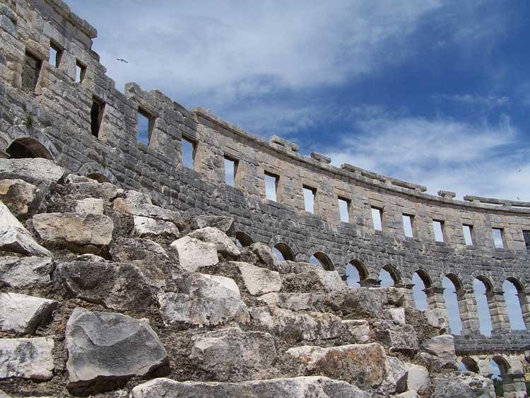 Coliseo de Pula, Croacia