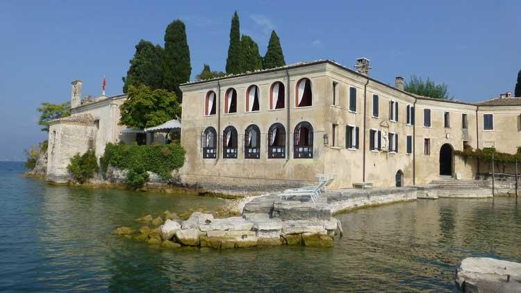 Hotel San Vigilio. Lago de Garda.