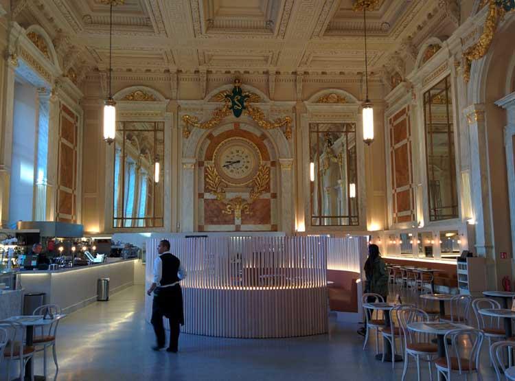 Royal Café de la Estación Central de Amberes. Foto © Tu Gran Viaje
