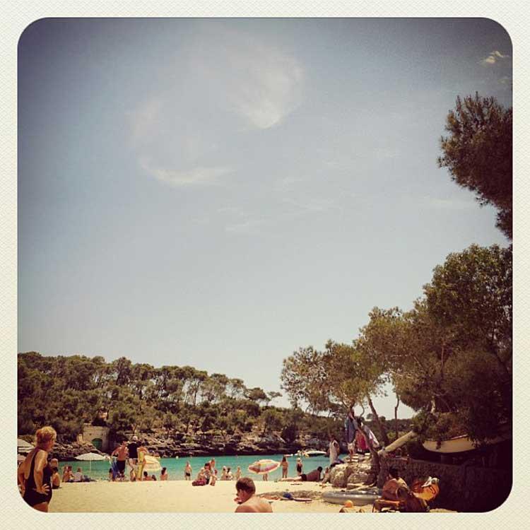 Cala Mondragò, en Mallorca, durante el verano. Foto © Tu Gran Viaje