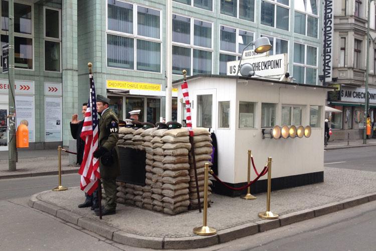 Checkpoint Charlie, Berlín. Foto © Tu Gran Viaje
