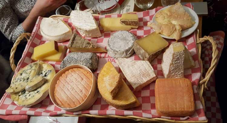 tabla de quesos del Astier Restaurant de París. Foto © Tu Gran Viaje