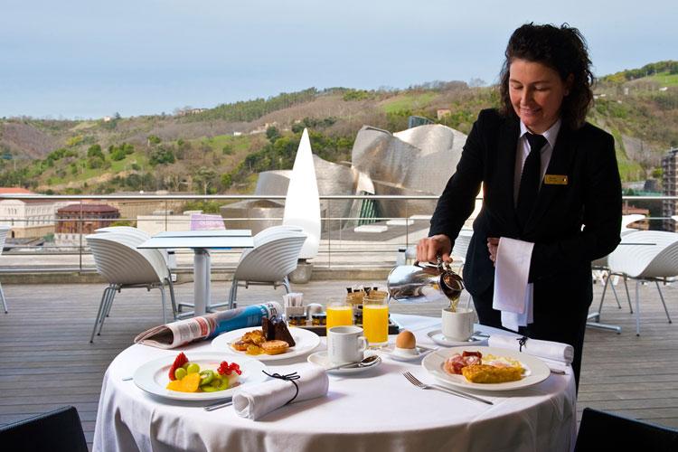 Desayuno en el Gran Hotel Domine Bilbao