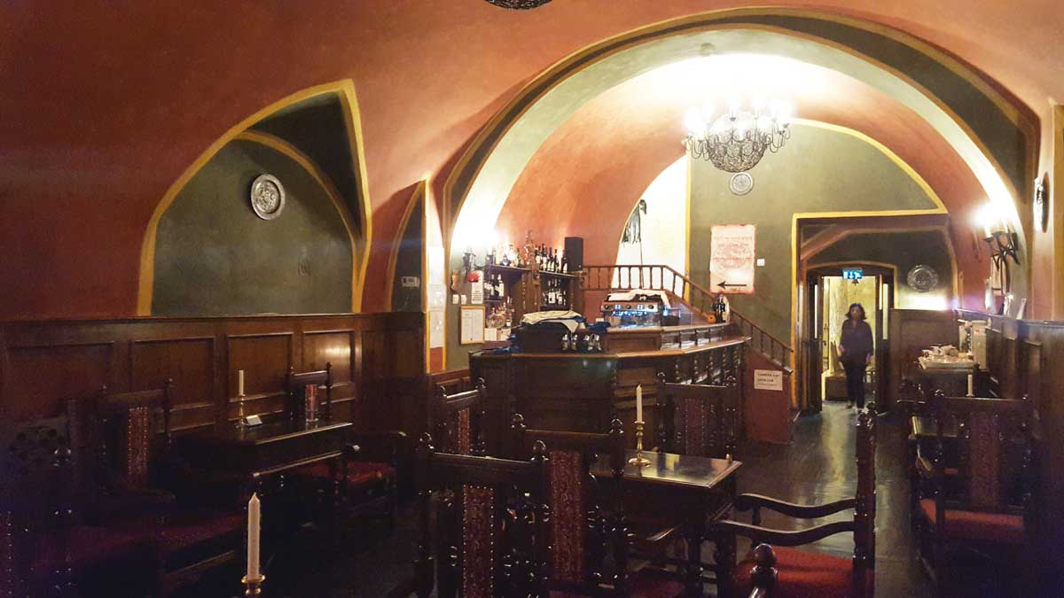 Salón del Vlad Dracul Restaurant de Sighisoara. Foto © Tu Gran Viaje