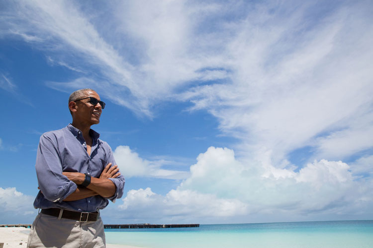 President Barack Obama visits Turtle Beach on Midway Atoll, Sept. 1, 2016. (Official White House Photo by Pete Souza)