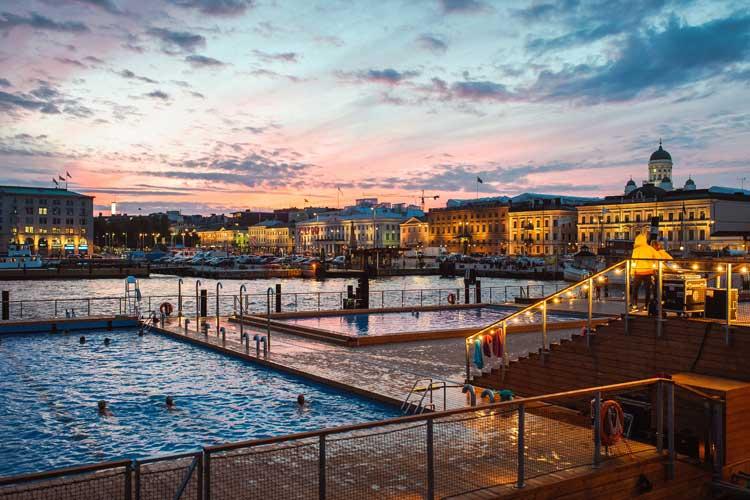 Allas Sea Pool de Helsinki. Foto © Eetu Ahanen. Sauna Day Helsinki en Tu Gran Viaje