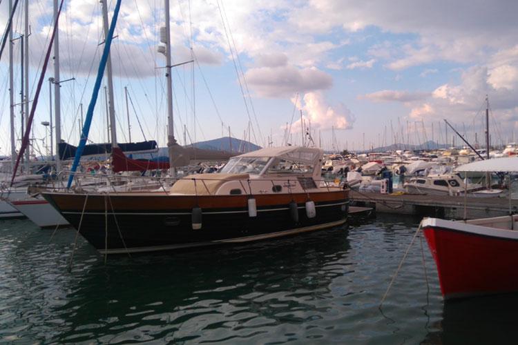 Puerto de Alghero. Viajar a Cerdeña en otoño. Tu Gran Viaje