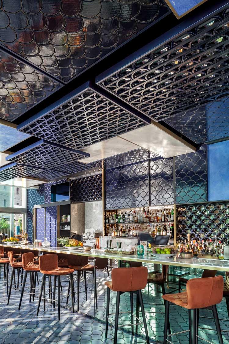 Blue Wave, el mejor bar del mundo en Tu Gran Viaje