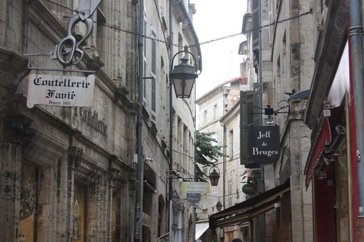 Guía de viaje para viajar a Perigueux. Las Guías Secretas de Tu Gran Viaje