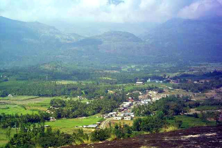sandalo india. Kovilkadavu. Tu Gran Viaje revista de viajes y turismo