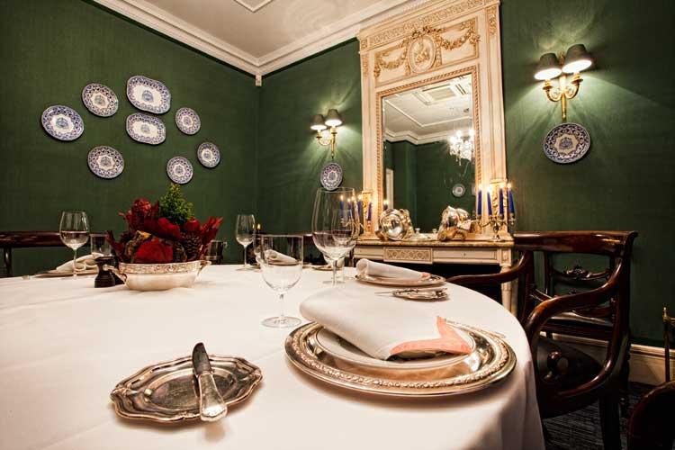 Salón Urbasa, restaurante Zalacaín de Madrid. Tu Gran Viaje. Revista de viajes y turismo