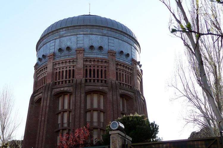 """Los depósitos de agua más famosos del mundo. """"El Vaso"""" de Chamberí, Madrid. Foto CC 2.0 MetroCentric"""
