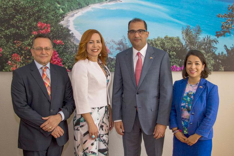 La Oficina de Turismo de República Dominica celebra la apertura de su nueva sede en Madrid | Tu Gran Viaje