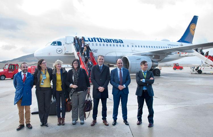 Lufthansa inaugura sus vuelos regulares a Pamplona | Noticias de Turismo en Tu Gran Viaje