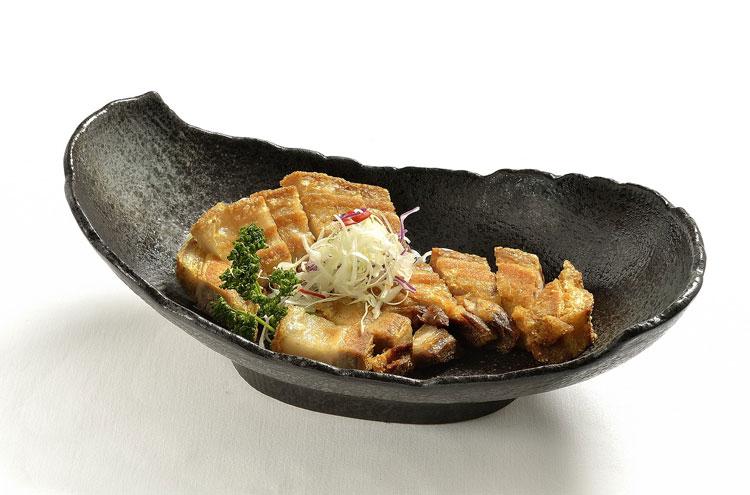 Lechón kawali. Así es la gastronomía de Filipinas | Revista Tu Gran Viaje