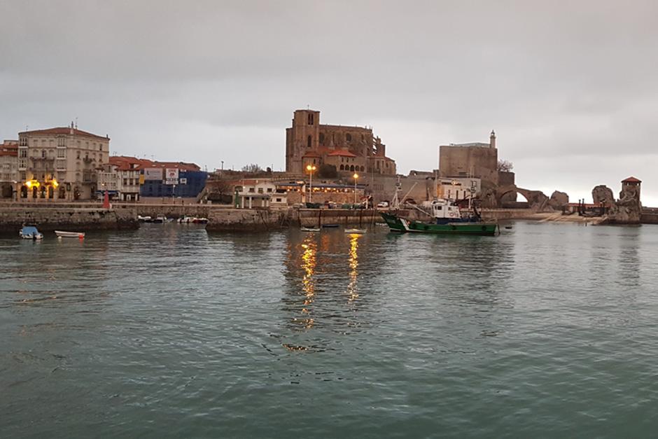 Puerto de Castro Urdiales © Chema Corona | Cantabria en invierno Tu Gran Viaje
